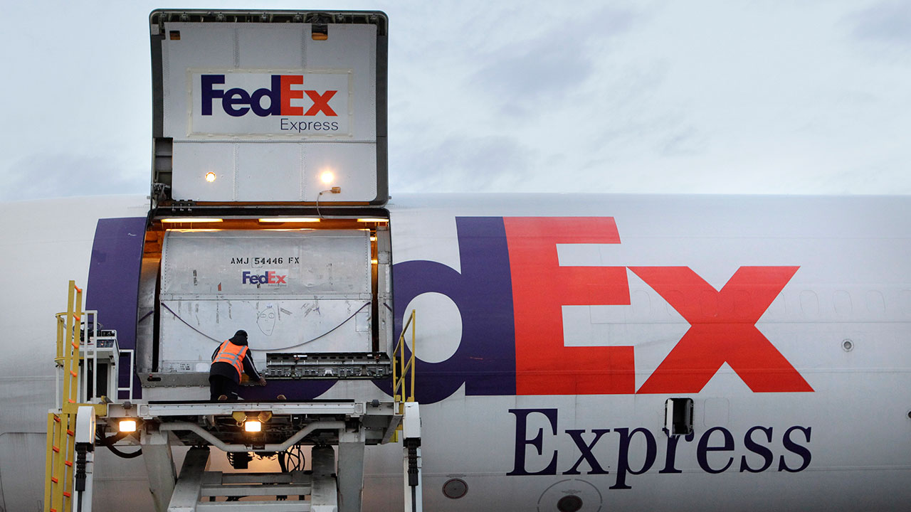 fedex marks 3rd workplace death since 2013 abc13com