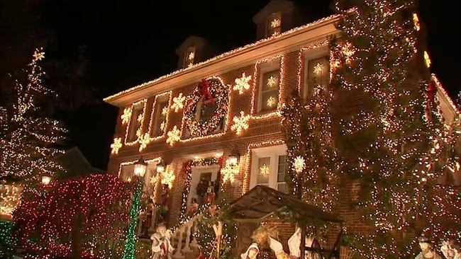 some neighbors saying dyker heights lights are getting out of hand abc7nycom