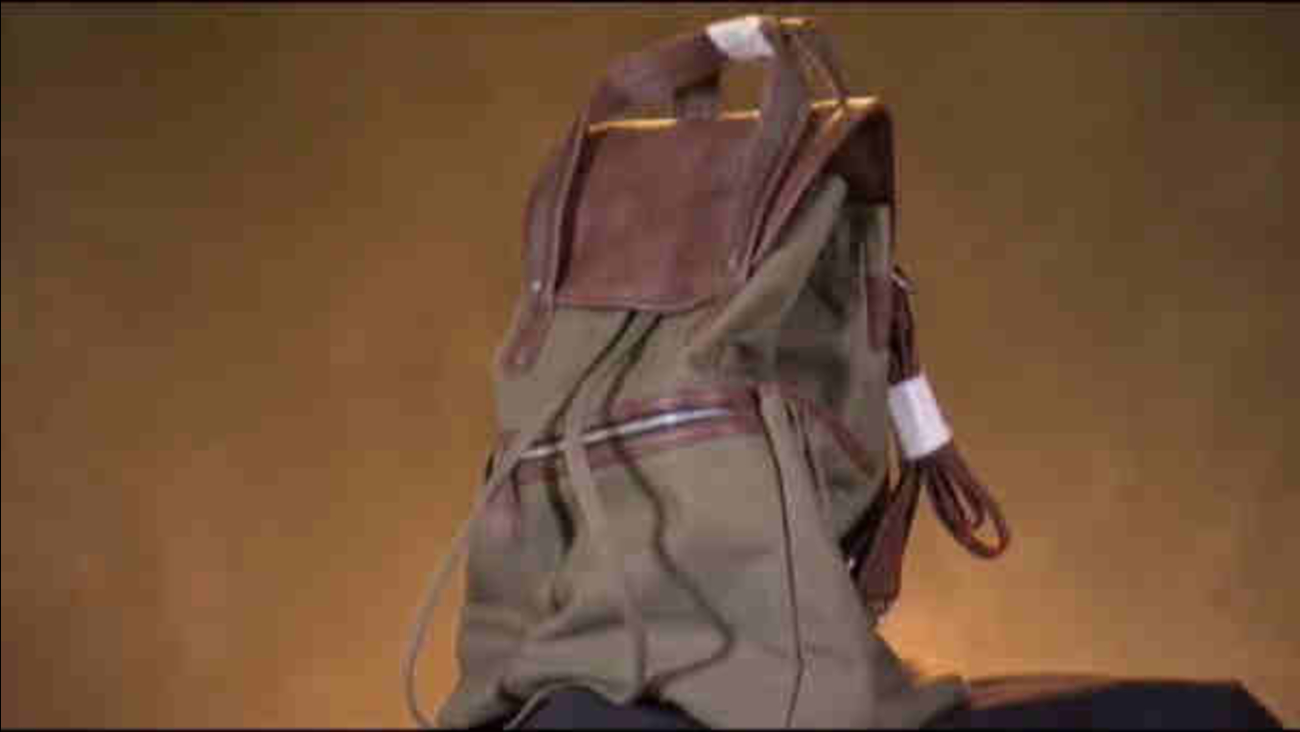 New Jersey Woman Claims Fashion Institute Barnes And Noble Stole Her Backpack Design Abc7 New York