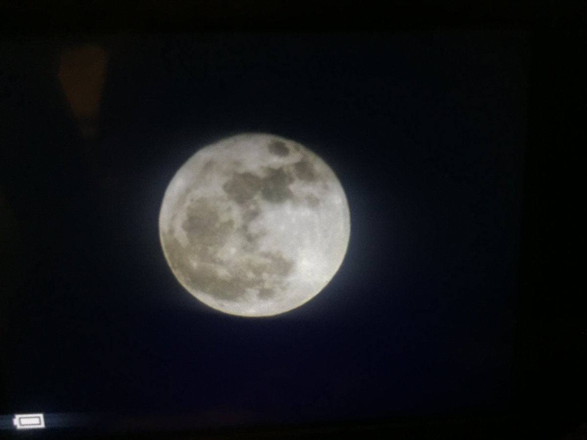 """<div class=""""meta image-caption""""><div class=""""origin-logo origin-image none""""><span>none</span></div><span class=""""caption-text"""">The first and only supermoon of 2017. (Credit: Twitter/@Oldies9854)</span></div>"""