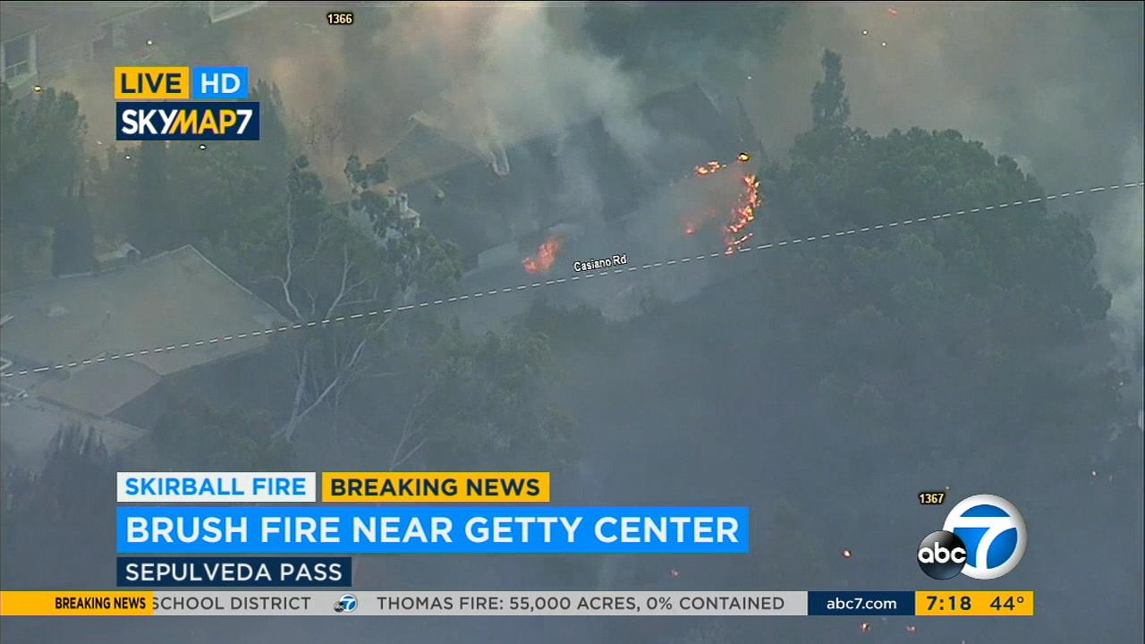 Photos Skirball Fire Burns In The Sepulveda Pass Near Getty Center