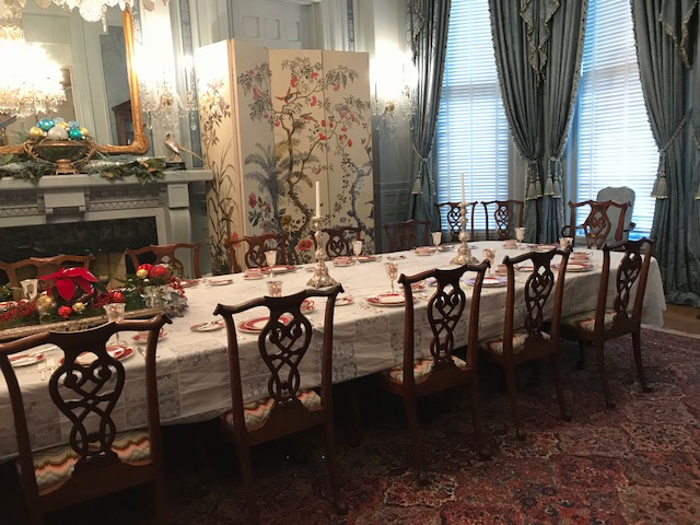 """<div class=""""meta image-caption""""><div class=""""origin-logo origin-image none""""><span>none</span></div><span class=""""caption-text"""">The Governor's Mansion is ready for the holiday season (Credit: Amber Rupinta)</span></div>"""
