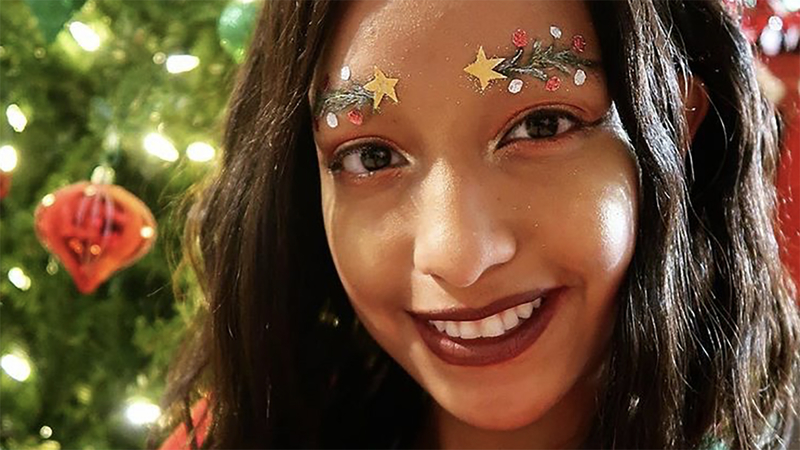 Christmas Tree Eyebrows.Deck The Brows Festive Eyebrows Take Over Instagram