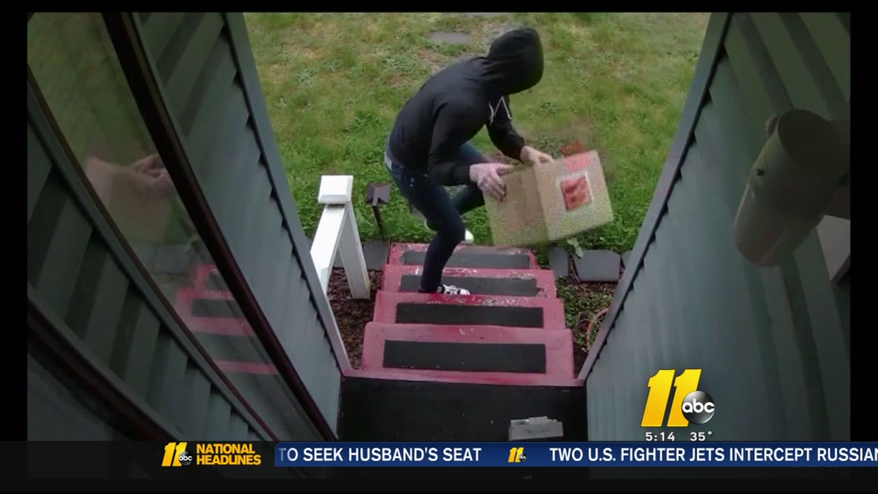 Man fed up with package thieves rigs box with shotgun blanks