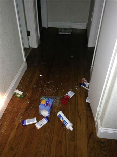 """<div class=""""meta image-caption""""><div class=""""origin-logo origin-image """"><span></span></div><span class=""""caption-text"""">Various items were strewn around after a 6.0-magnitude earthquake struck the northern San Francisco Bay Area Sunday, Aug. 24, 2014.</span></div>"""
