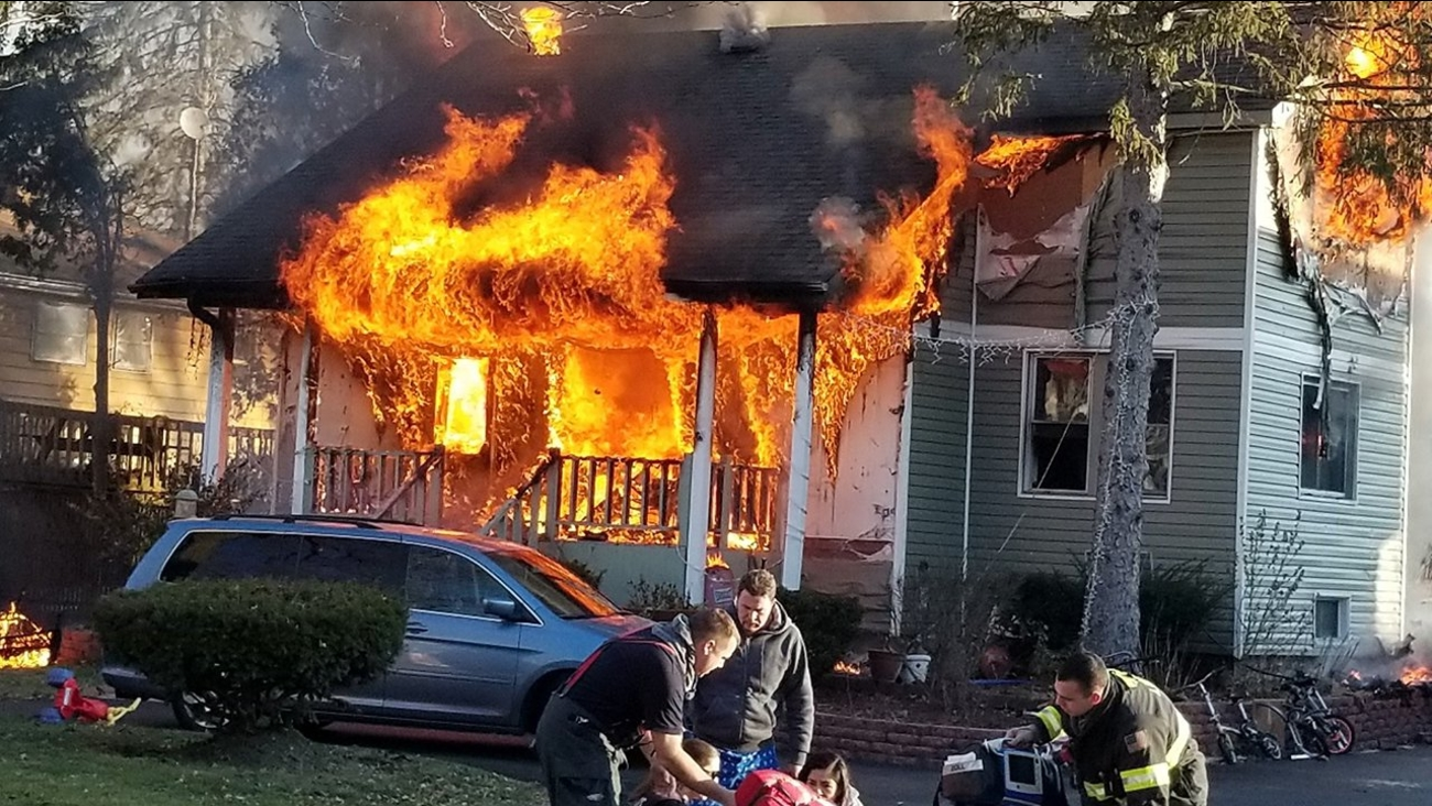 Fire engulfs home in Lisle