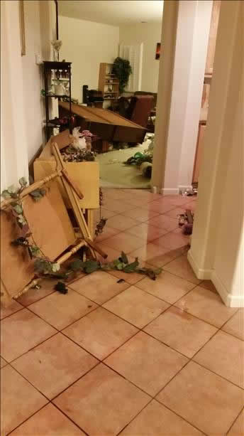 "<div class=""meta image-caption""><div class=""origin-logo origin-image ""><span></span></div><span class=""caption-text"">Strong earthquake in Napa County felt all over the Bay Area.  Photo submitted via uReport.</span></div>"