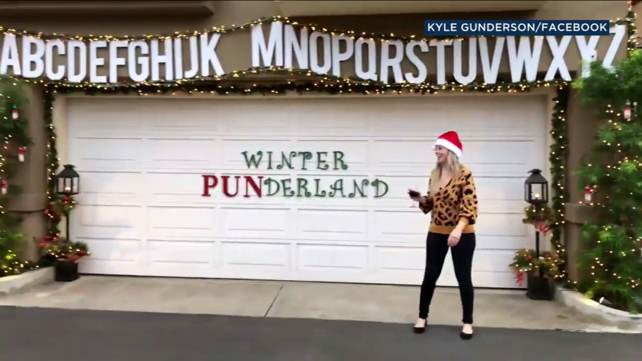 OC couple\'s pun-believably silly Christmas post goes viral | abc7.com