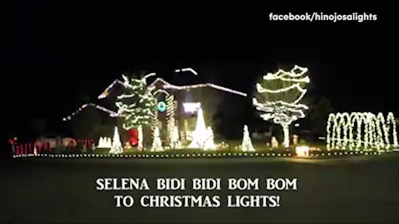 Musical Christmas Lights.Christmas Lights Blink To Selena Classic