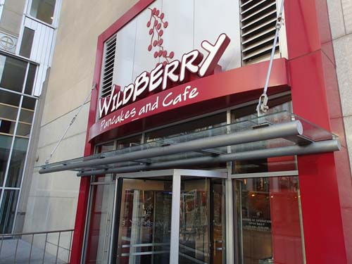 "<div class=""meta image-caption""><div class=""origin-logo origin-image none""><span>none</span></div><span class=""caption-text"">2) Wildberry Panckes and Café (TripAdvisor)</span></div>"