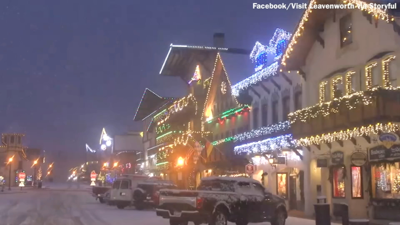 town transforms into a christmas village in washington state 6abccom