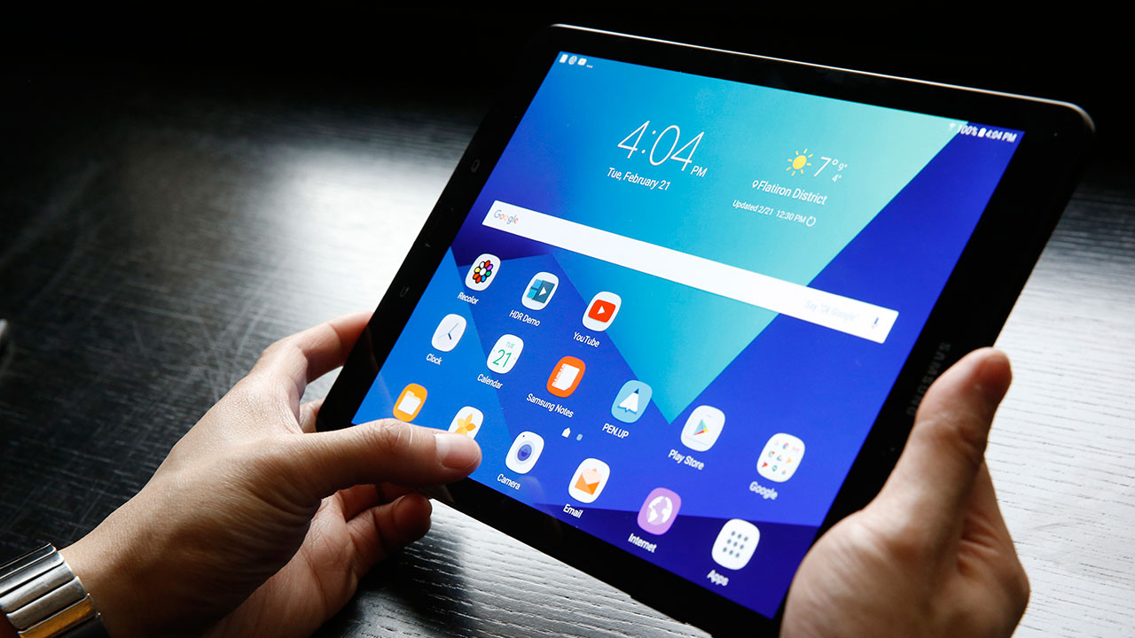 Tablet tracker helps Canyon Country man recover stolen property