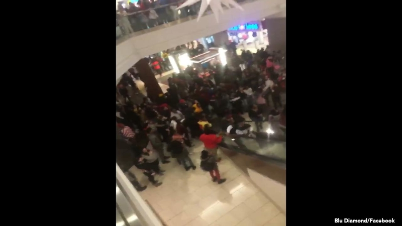 Cherry Hill Mall Christmas 2020 Cherry Hill Mall chaos with up to 1,000 teenagers the day after