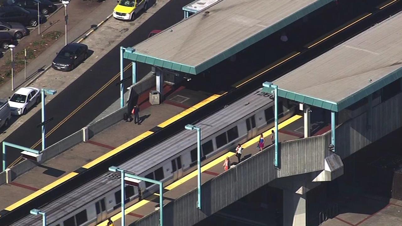 BART train in Oakland