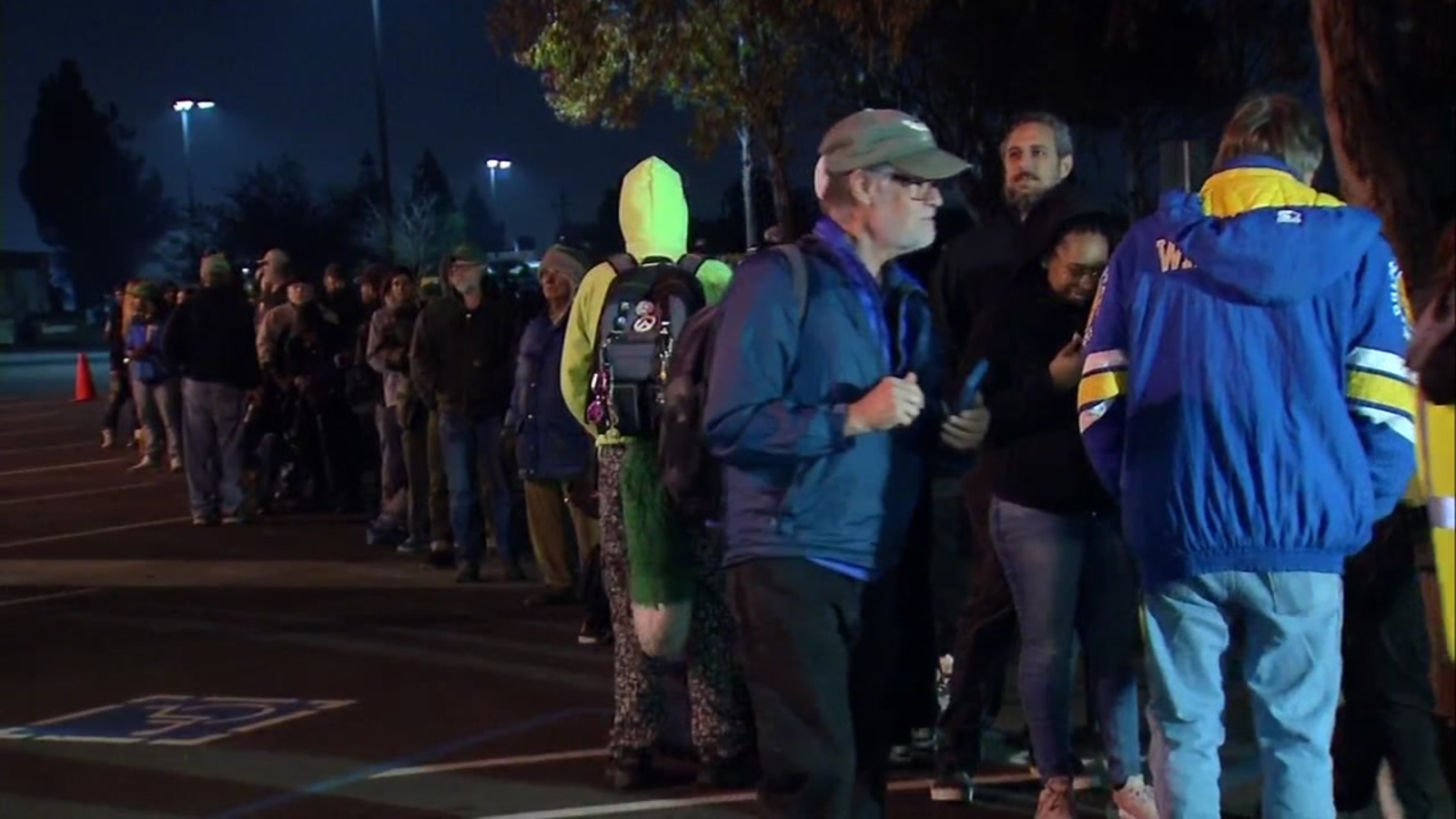 Hundreds line up at Oakland dispensary to buy pot for recreational use