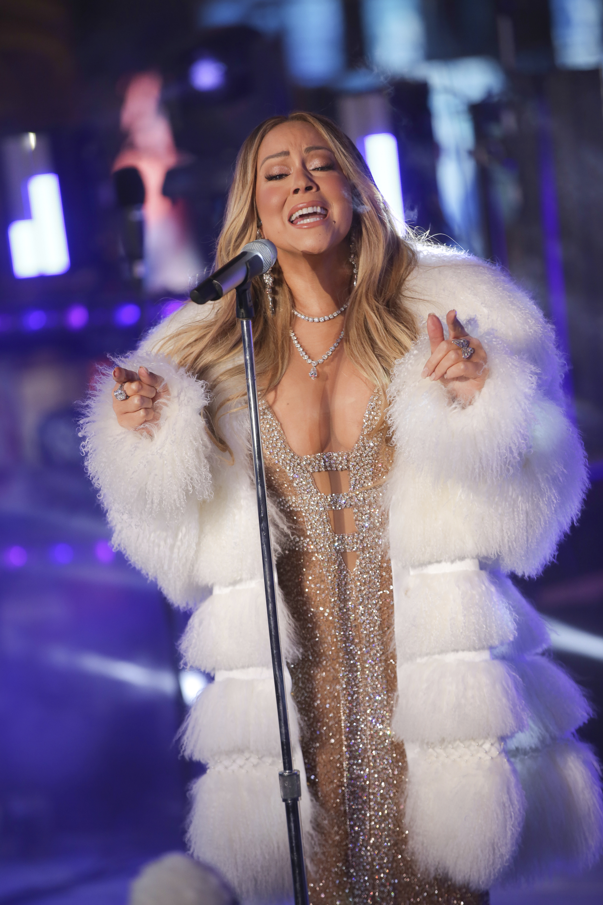 "<div class=""meta image-caption""><div class=""origin-logo origin-image ap""><span>AP</span></div><span class=""caption-text"">Mariah Carey performs on stage at the New Year's Eve celebration in Times Square on Sunday, Dec. 31, 2017, in New York. (Photo by Brent N. Clarke/Invision/AP) (Brent N. Clarke/Invision/AP)</span></div>"