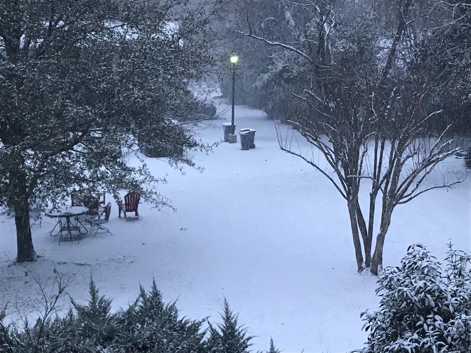 "<div class=""meta image-caption""><div class=""origin-logo origin-image none""><span>none</span></div><span class=""caption-text"">Snow in central NC (ABC11 Eyewitness)</span></div>"