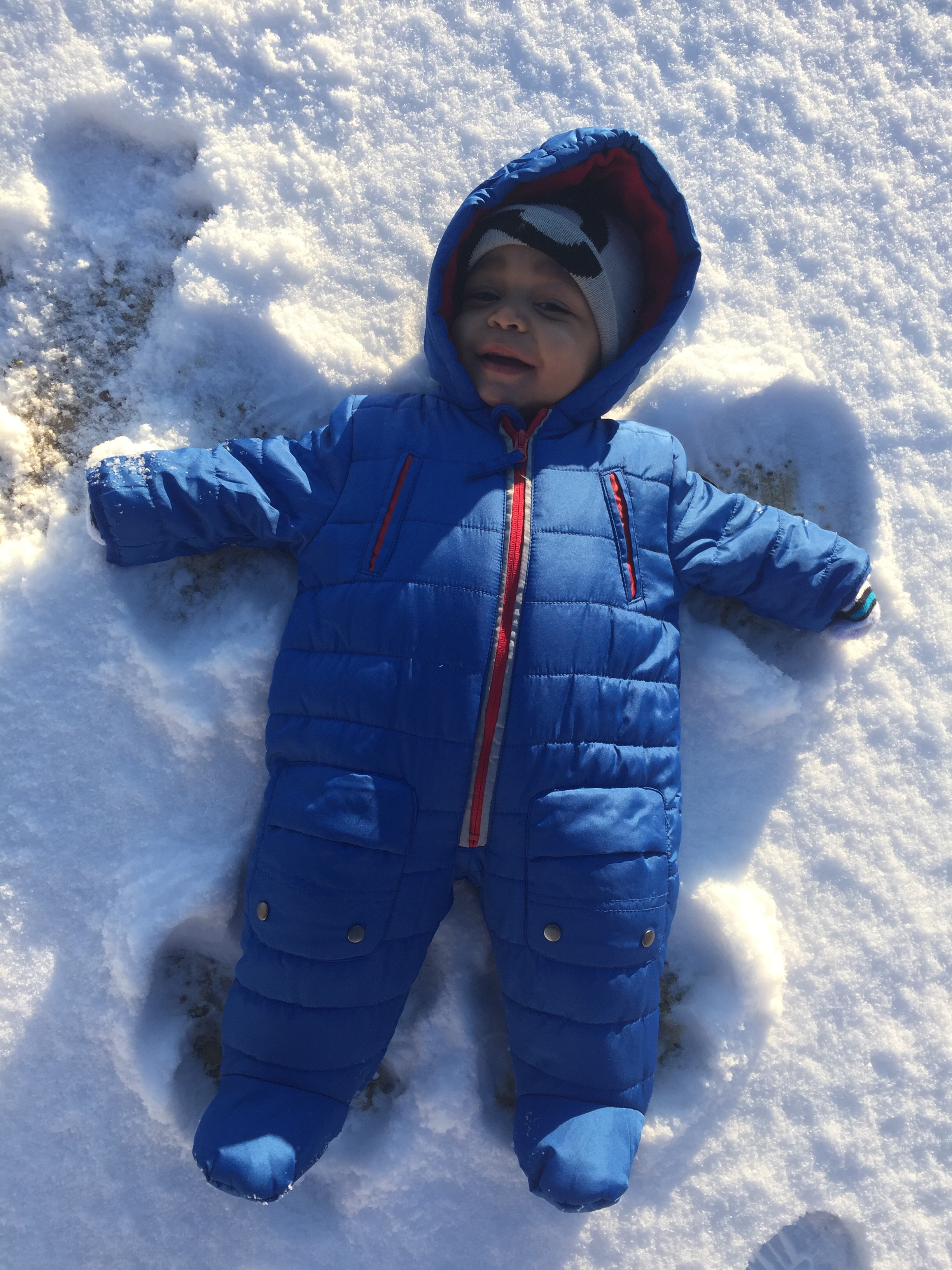 "<div class=""meta image-caption""><div class=""origin-logo origin-image none""><span>none</span></div><span class=""caption-text"">7-month-old Ryan's first snow angel! (Monica Escamilla - ABC11 Eyewitness)</span></div>"