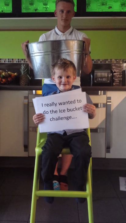 "<div class=""meta image-caption""><div class=""origin-logo origin-image ""><span></span></div><span class=""caption-text"">Five-year-old Albert is using his own version of the Ice Bucket Challenge to encourage people to become organ donors. (TheKeepthebeat/YouTube)</span></div>"