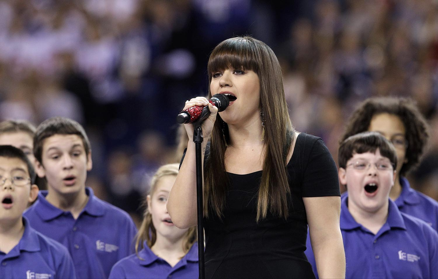 "<div class=""meta image-caption""><div class=""origin-logo origin-image ap""><span>AP</span></div><span class=""caption-text"">2012: Kelly Clarkson sings the national anthem before the NFL Super Bowl XLVI football game between the New York Giants and the New England Patriots on Feb. 5, 2012. (AP Photo/David J. Phillip)</span></div>"