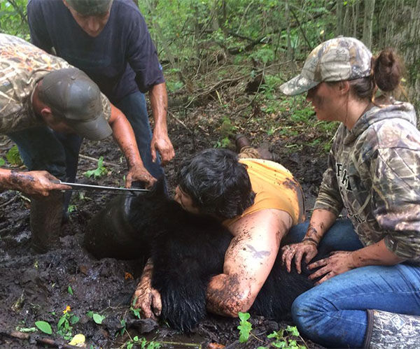 """<div class=""""meta image-caption""""><div class=""""origin-logo origin-image """"><span></span></div><span class=""""caption-text"""">A young black bear's life was saved by volunteer rescuers after they removed a 'bucket' that had been stuck to his head for over a month. (Save The Bucket Bear/Facebook)</span></div>"""
