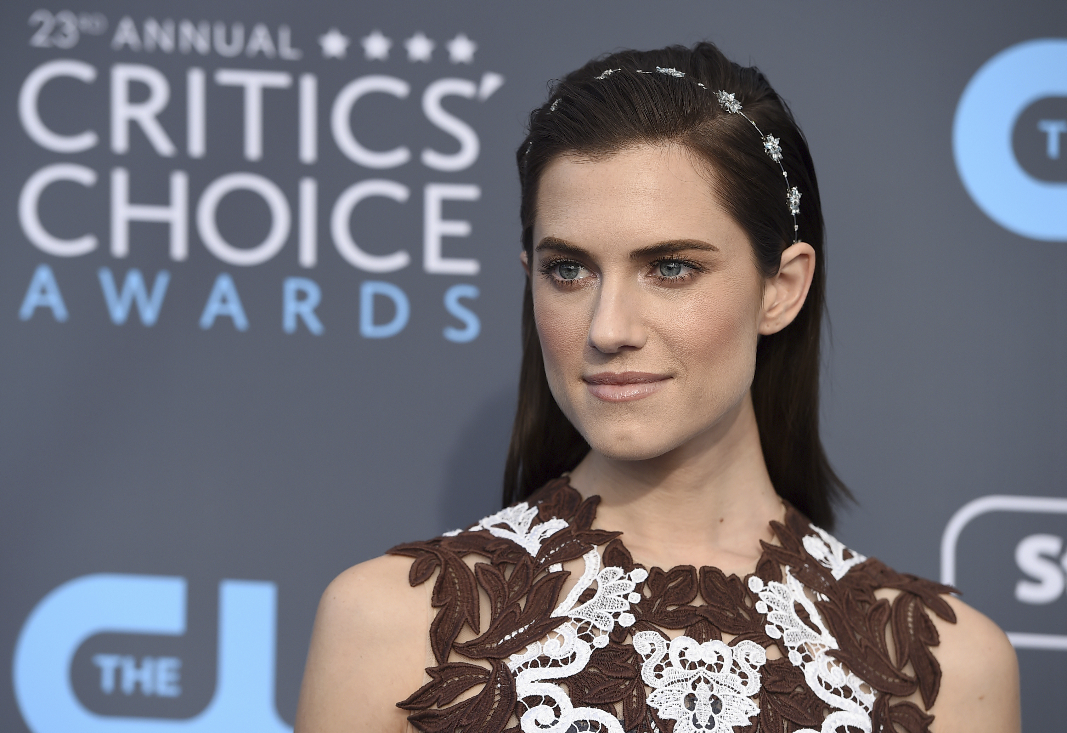 <div class='meta'><div class='origin-logo' data-origin='AP'></div><span class='caption-text' data-credit='Jordan Strauss/Invision/AP'>Allison Williams arrives at the 23rd annual Critics' Choice Awards at the Barker Hangar on Thursday, Jan. 11, 2018, in Santa Monica, Calif.</span></div>