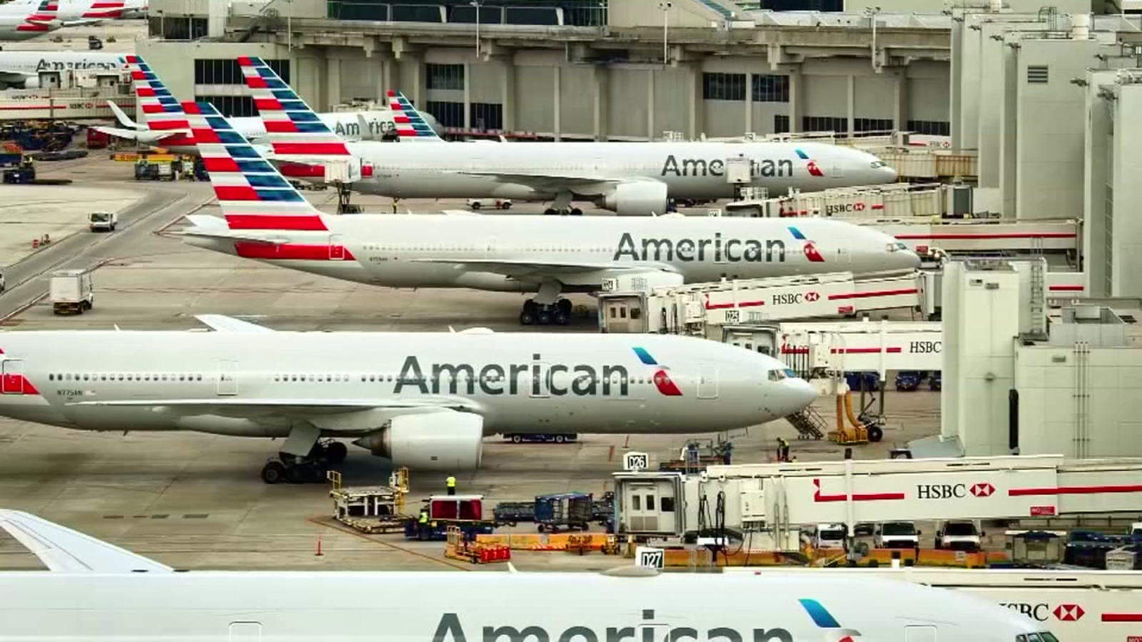 American Airlines Will Award Extra Miles For Passenger
