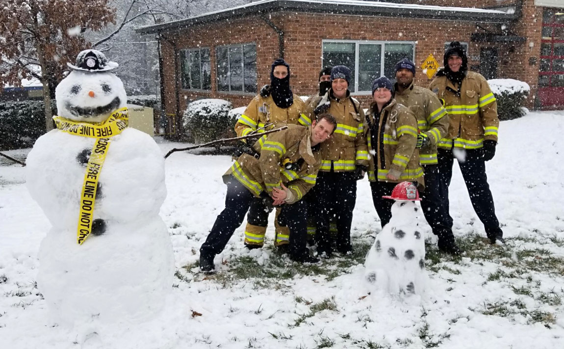 "<div class=""meta image-caption""><div class=""origin-logo origin-image none""><span>none</span></div><span class=""caption-text"">Raleigh firefighters took a little time to have some fun in between helping others in the snow! (City of Raleigh)</span></div>"