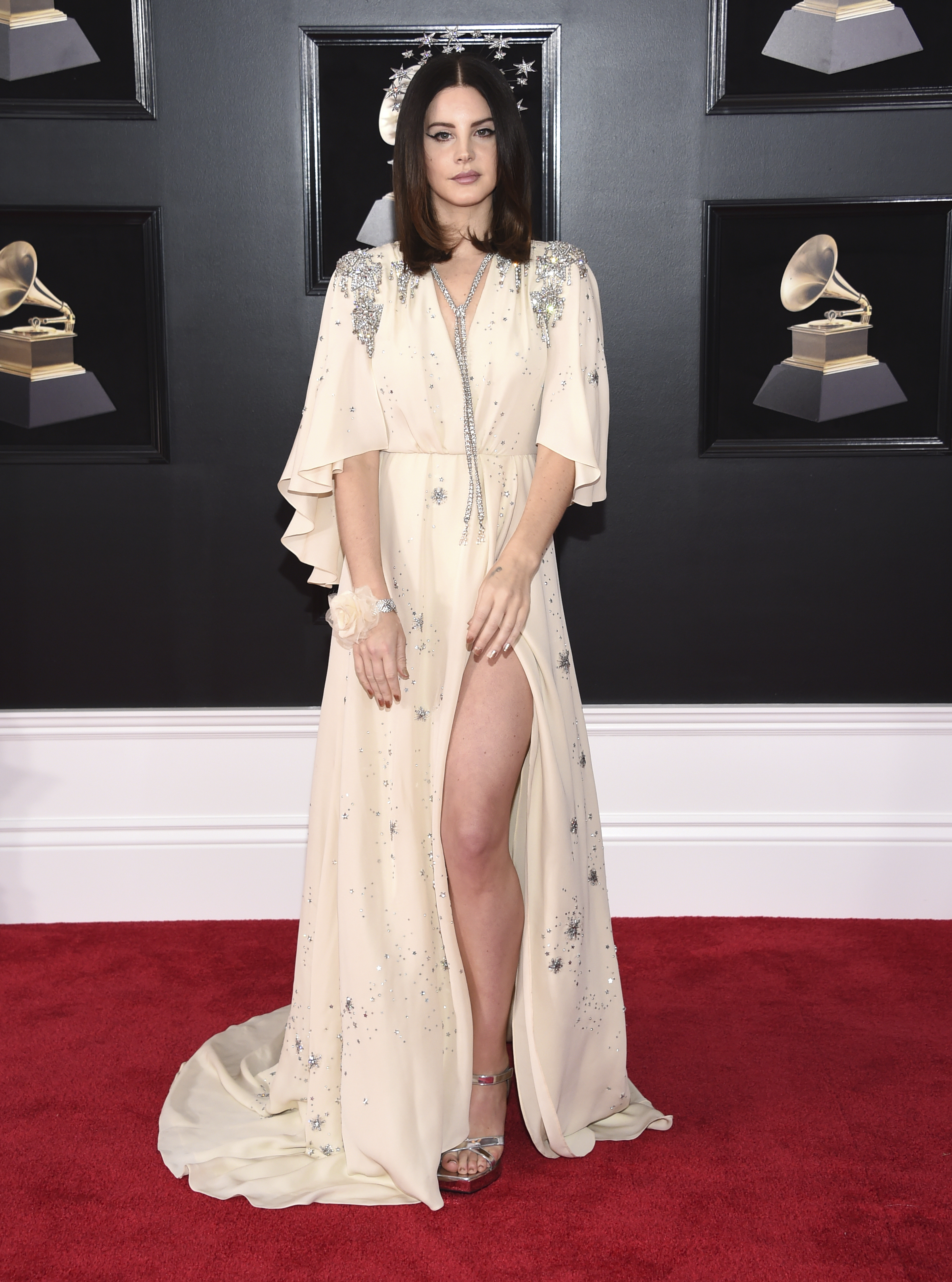 <div class='meta'><div class='origin-logo' data-origin='AP'></div><span class='caption-text' data-credit='Evan Agostini/Invision/AP'>Lana Del Rey arrives at the 60th annual Grammy Awards at Madison Square Garden on Sunday, Jan. 28, 2018, in New York.</span></div>