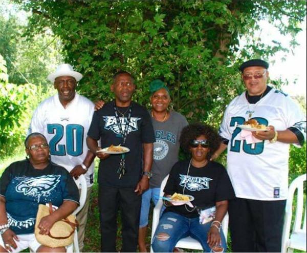 "<div class=""meta image-caption""><div class=""origin-logo origin-image wpvi""><span>WPVI</span></div><span class=""caption-text"">We bleed green, the Dawkins family! From quamaine.dawkins.9 on Facebook.</span></div>"
