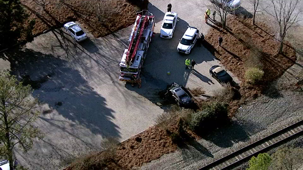 Amtrak train strikes car in Morrisville