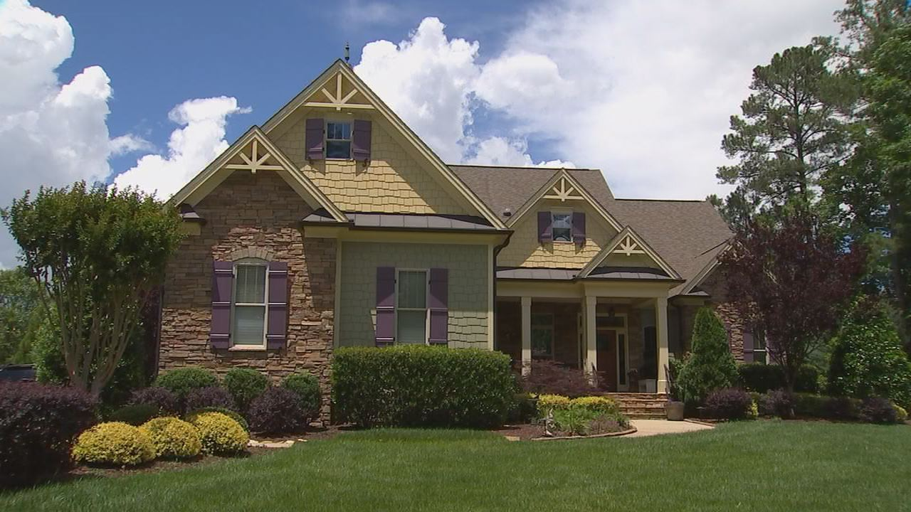 What's wrong with this house? North Carolina homeowner fined