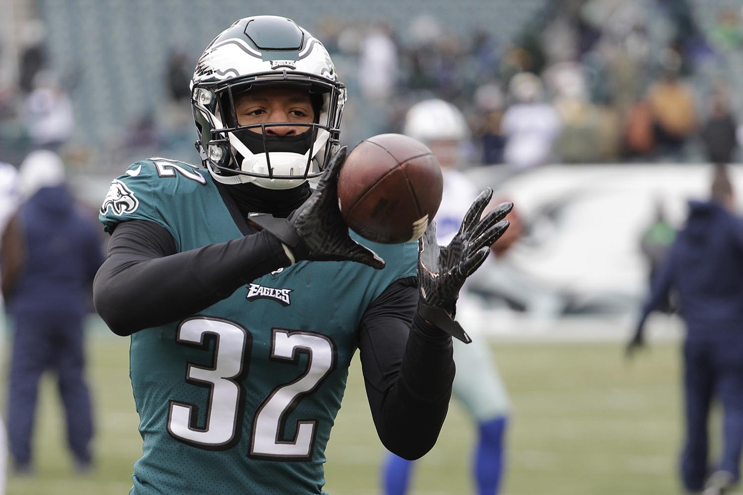 "<div class=""meta image-caption""><div class=""origin-logo origin-image ap""><span>AP</span></div><span class=""caption-text"">Philadelphia Eagles' cornerback Rasul Douglas is a native of East Orange, NJ. (AP Photo/Chris Szagola)</span></div>"