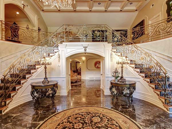 "<div class=""meta image-caption""><div class=""origin-logo origin-image ""><span></span></div><span class=""caption-text"">Teresa Giudice and her husband, Joe, of the 'Real Housewives of New Jersey,' are seeking nearly $4 million for the six-bedroom home in Montville. (Photo/Stonybrook Realty)</span></div>"