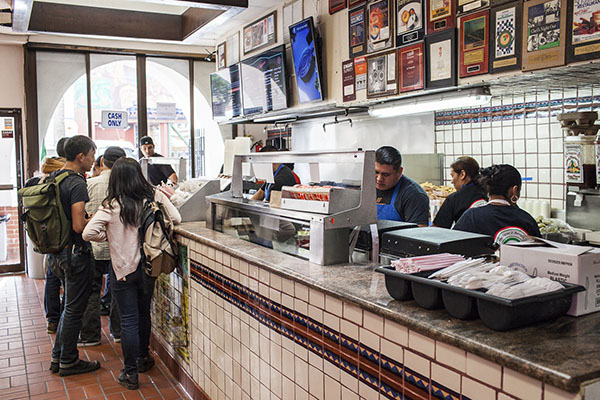 "<div class=""meta image-caption""><div class=""origin-logo origin-image ""><span></span></div><span class=""caption-text"">La Taqueria in San Francisco, Calif. -- home of the best burrito in the United States. (Anna Maria Barry-Jester/FiveThirtyEight)</span></div>"