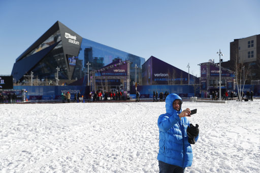 "<div class=""meta image-caption""><div class=""origin-logo origin-image none""><span>none</span></div><span class=""caption-text"">A fan takes a selfie outside U.S. Bank Stadium before Super Bowl LII Sunday, Feb. 4, 2018, in Minneapolis. (AP Photo/Jeff Roberson) (AP)</span></div>"