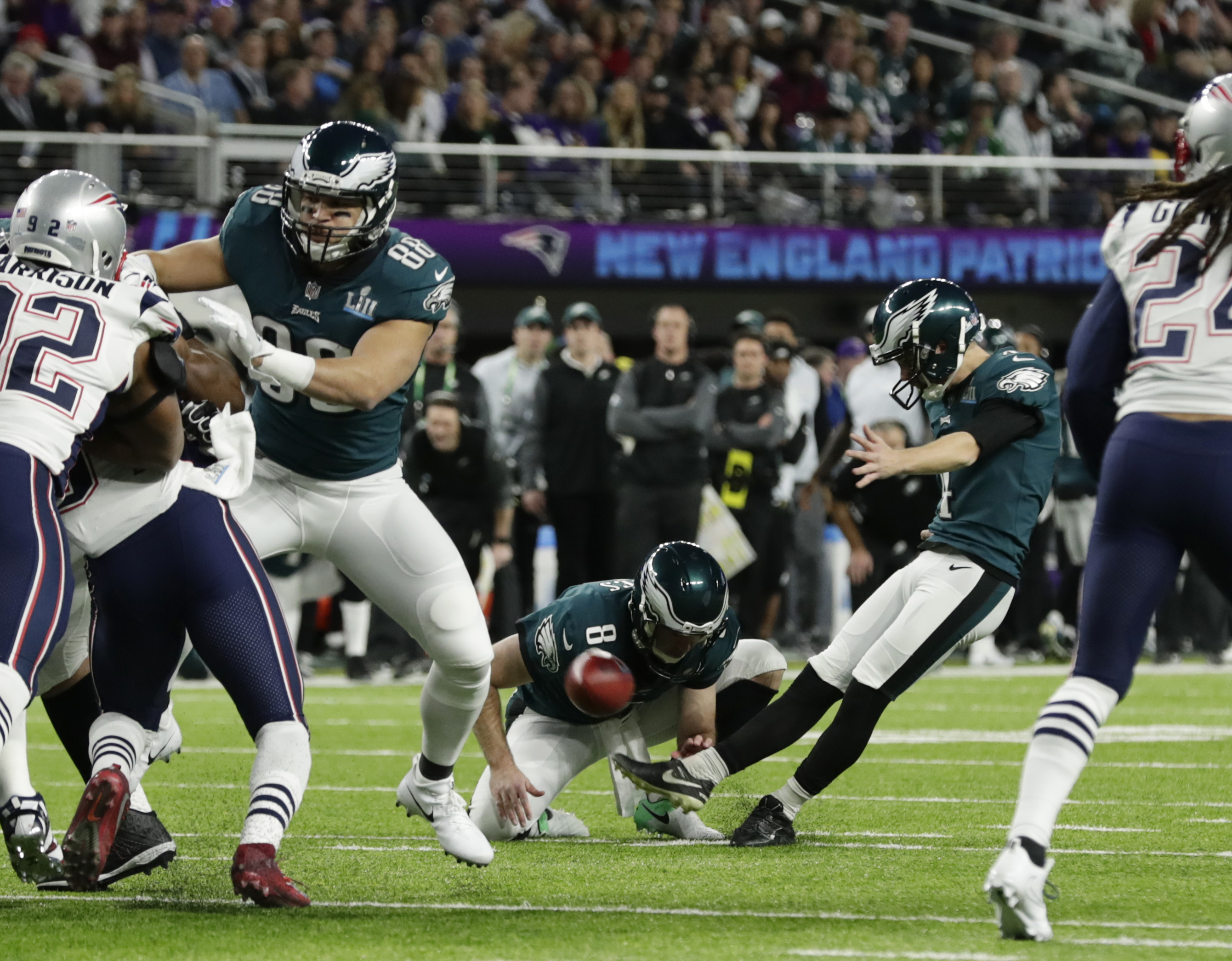 "<div class=""meta image-caption""><div class=""origin-logo origin-image ap""><span>AP</span></div><span class=""caption-text"">Philadelphia Eagles kicker Jake Elliott (4) kicks a field goal against the New England Patriots, during the first half of the NFL Super Bowl 52 football game Sunday, Feb. 4, 2018. (AP Photo/Chris O'Meara)</span></div>"