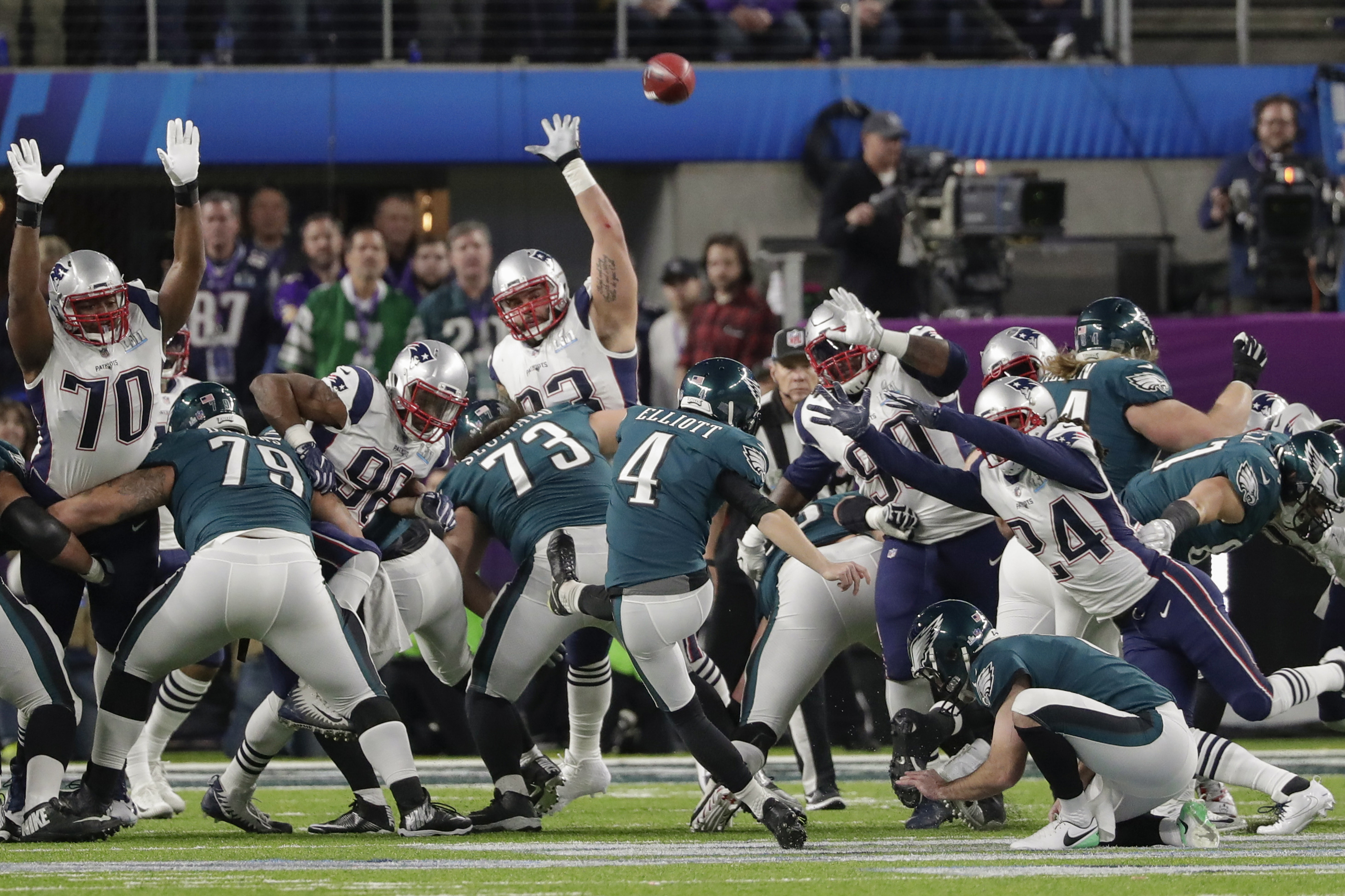 <div class='meta'><div class='origin-logo' data-origin='AP'></div><span class='caption-text' data-credit='AP Photo/Tony Gutierrez'>Philadelphia Eagles kicker Jake Elliott (4) misses an extra-point kick against the New England Patriots, during the first half of the NFL Super Bowl 52 football game.</span></div>