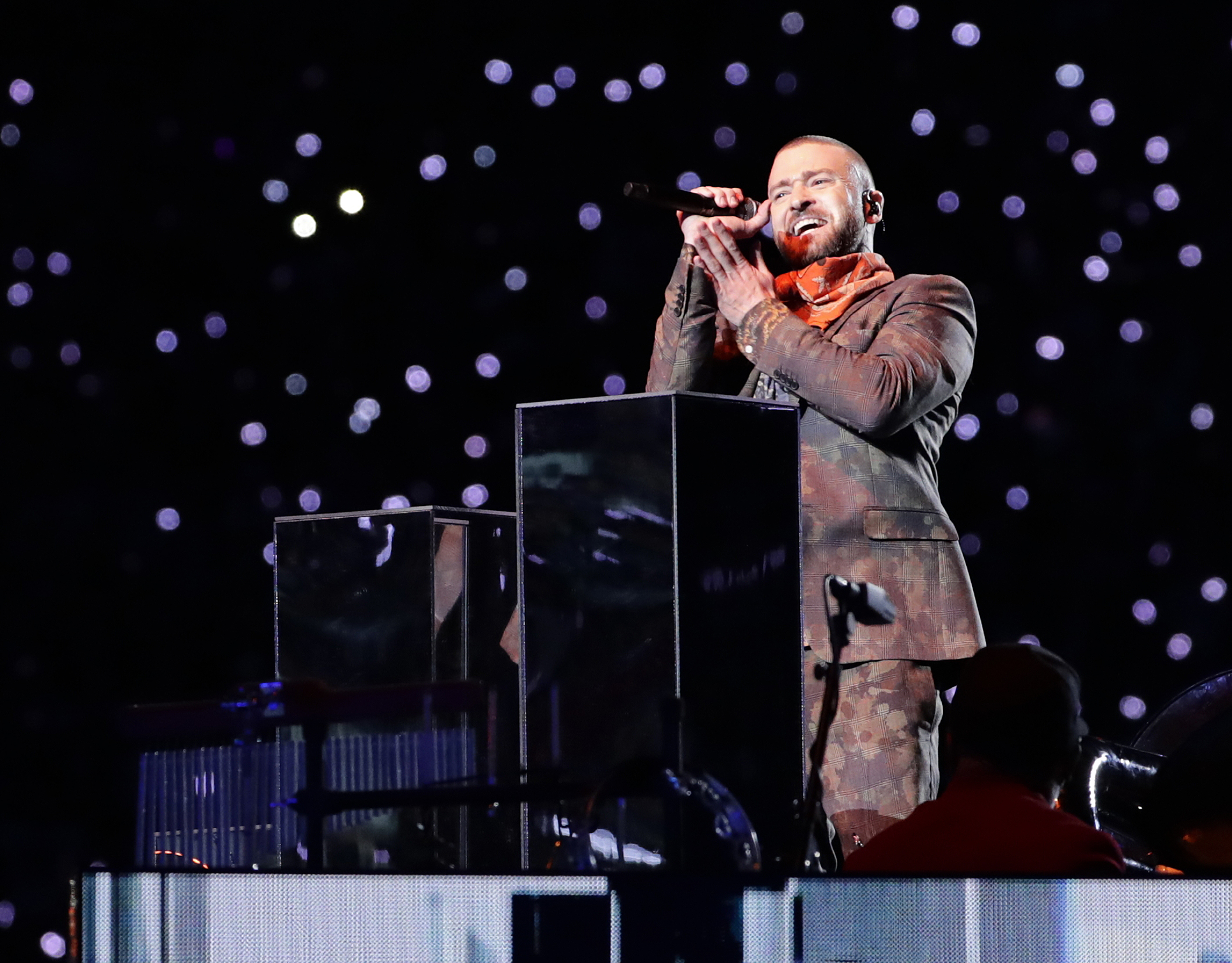 "<div class=""meta image-caption""><div class=""origin-logo origin-image ap""><span>AP</span></div><span class=""caption-text"">Justin Timberlake performs during halftime of the NFL Super Bowl 52 football game between the Philadelphia Eagles and the New England Patriots Sunday, Feb. 4, 2018. (AP Photo/Frank Franklin II)</span></div>"