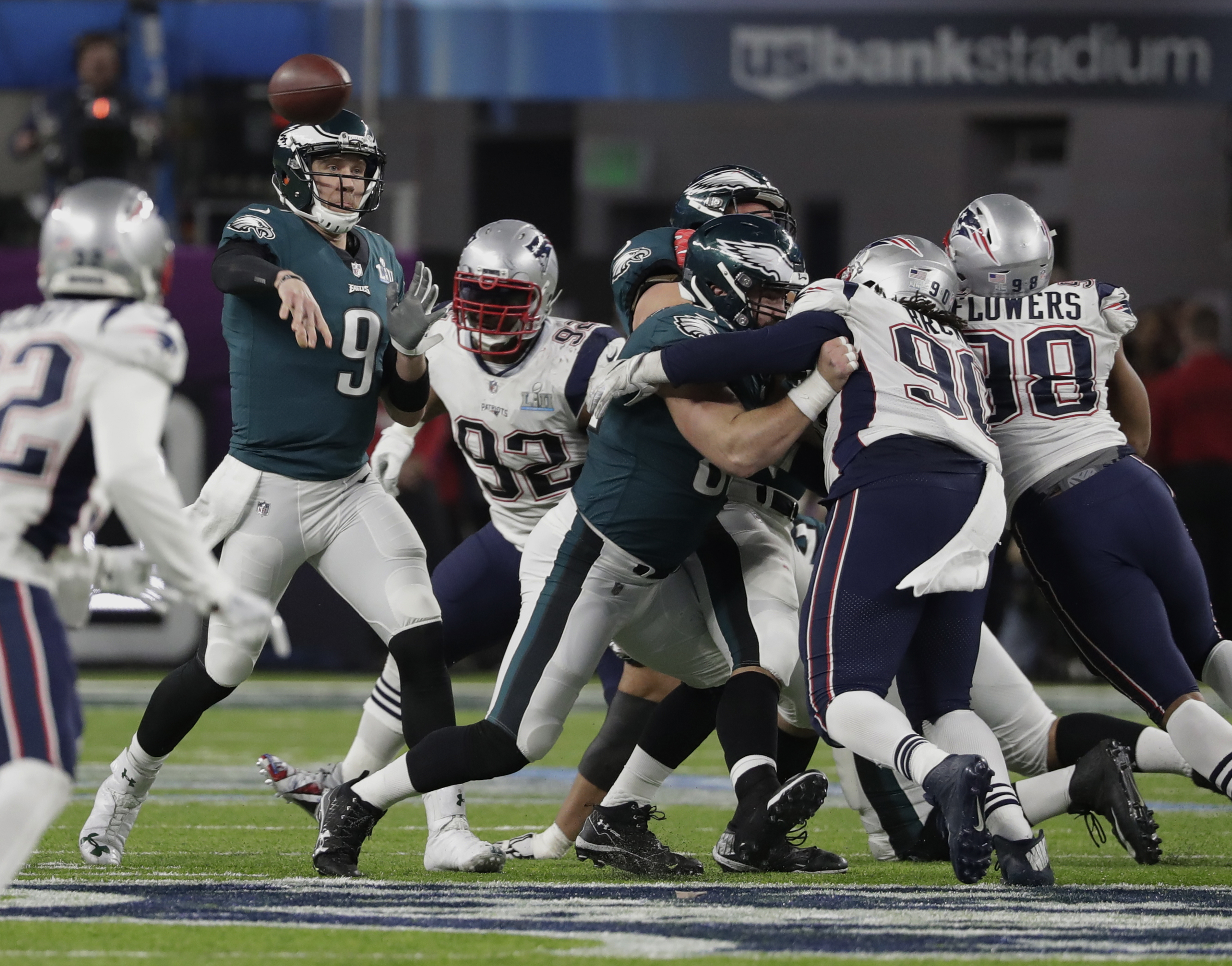 "<div class=""meta image-caption""><div class=""origin-logo origin-image ap""><span>AP</span></div><span class=""caption-text"">Philadelphia Eagles quarterback Nick Foles (9) throws against the New England Patriots, during the second half of the NFL Super Bowl 52 football game. (AP Photo/Tony Gutierrez)</span></div>"