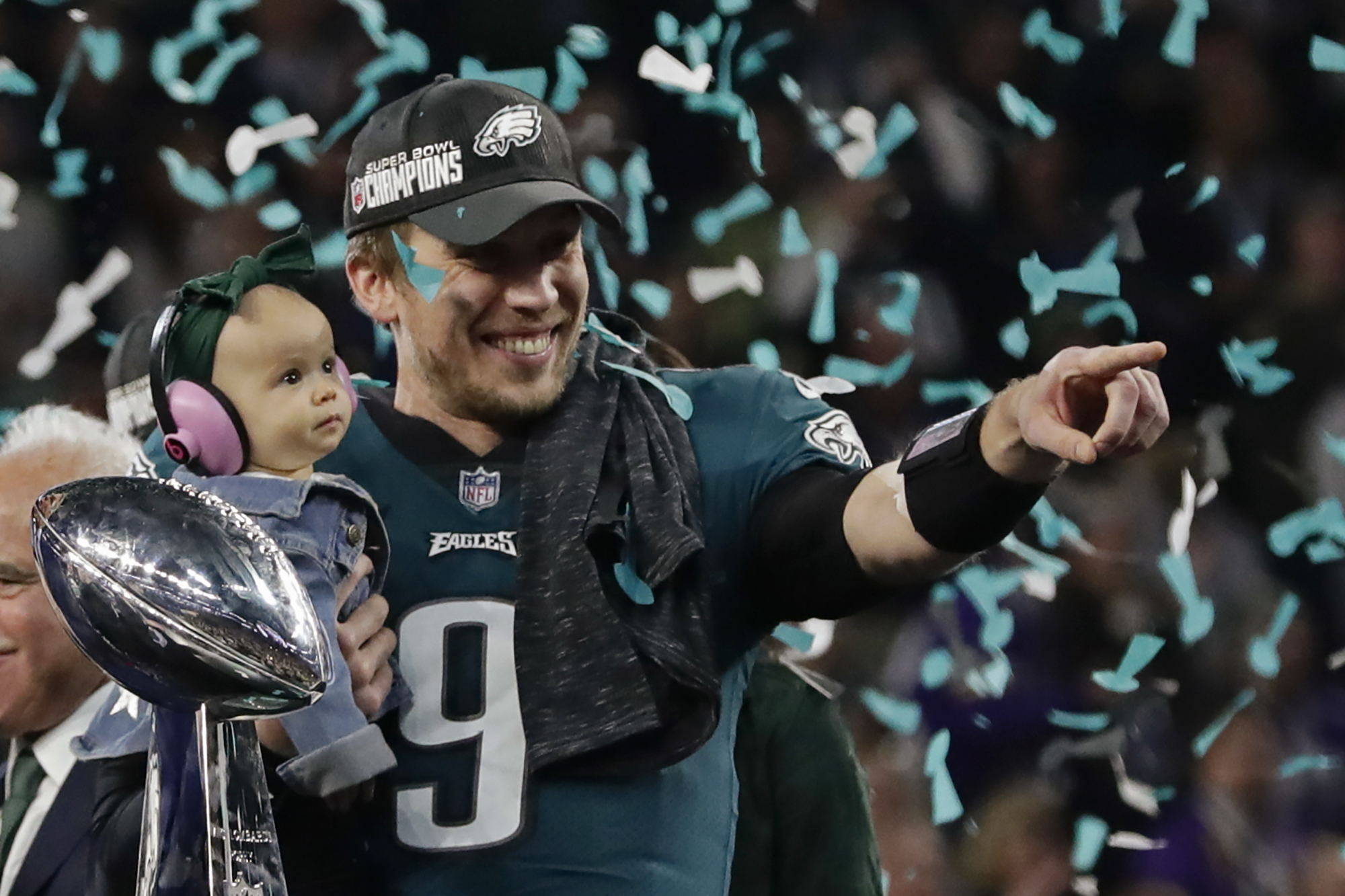 "<div class=""meta image-caption""><div class=""origin-logo origin-image ap""><span>AP</span></div><span class=""caption-text"">Philadelphia Eagles quarterback Nick Foles (9) holds his daughter, Lily James, after winning the NFL Super Bowl 52 football game. (AP Photo/Frank Franklin II)</span></div>"