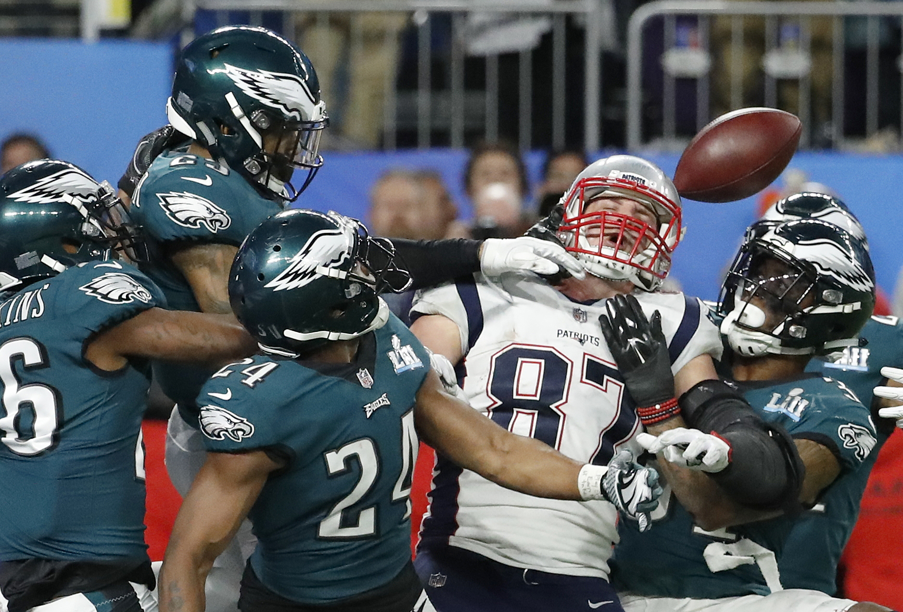 <div class='meta'><div class='origin-logo' data-origin='AP'></div><span class='caption-text' data-credit='AP Photo/Matt York'>New England Patriots' Rob Gronkowski (87) cannot catch a pass during the second half of the NFL Super Bowl 52 football game against the Philadelphia Eagles Sunday, Feb. 4, 2018.</span></div>