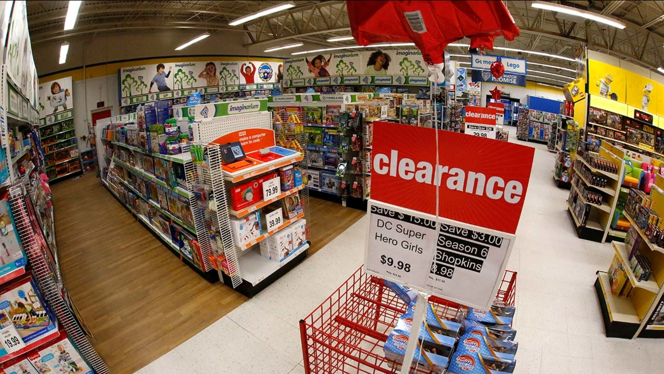 Northwest Fresno Toys R Us Store Begins Going Out Of Business Sale