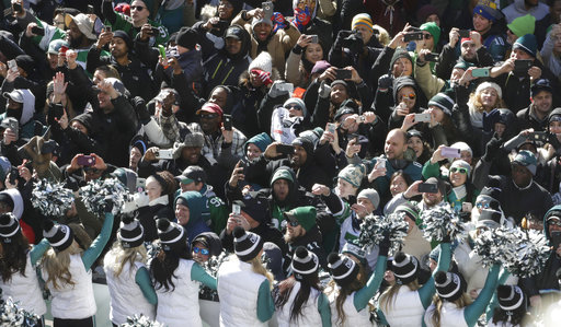 <div class='meta'><div class='origin-logo' data-origin='AP'></div><span class='caption-text' data-credit='AP'>Philadelphia Eagles fans cheer during a Super Bowl victory parade, Thursday, Feb. 8, 2018, in Philadelphia. (AP Photo/Matt Slocum)</span></div>