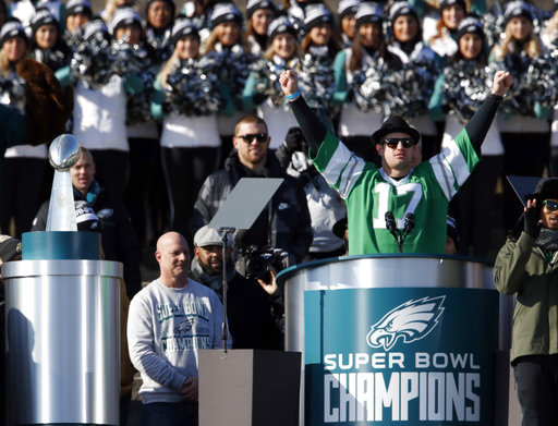 <div class='meta'><div class='origin-logo' data-origin='AP'></div><span class='caption-text' data-credit='AP'>Philadelphia Eagles tight end Brent Celek reacts as he speaks in front of the Philadelphia Museum of Art after a Super Bowl victory parade (AP Photo/Alex Brandon)</span></div>