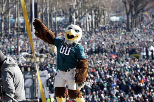 "<div class=""meta image-caption""><div class=""origin-logo origin-image ap""><span>AP</span></div><span class=""caption-text"">Philadelphia Eagles mascot ""Swoop"" reacts with the fans behind him in front of the the Philadelphia Museum of Art after a Super Bowl victory parade (AP Photo/Alex Brandon) (AP)</span></div>"