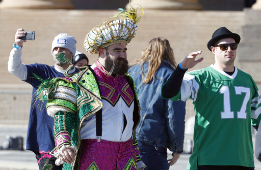 <div class='meta'><div class='origin-logo' data-origin='AP'></div><span class='caption-text' data-credit='AP'>Philadelphia Eagles center Jason Kelce and tight end Brent Celek arrive at the Philadelphia Museum of Art after a Super Bowl victory parade (AP Photo/Alex Brandon)</span></div>
