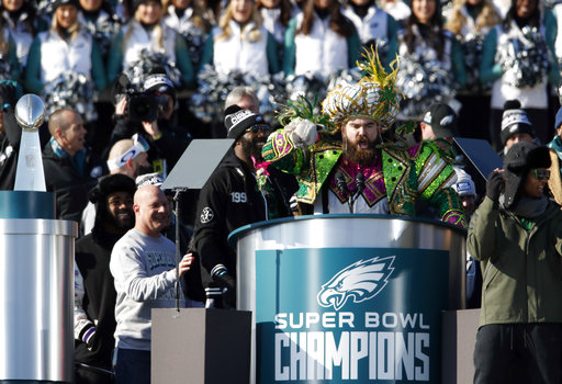 "<div class=""meta image-caption""><div class=""origin-logo origin-image ap""><span>AP</span></div><span class=""caption-text"">Philadelphia Eagles center Jason Kelce speaks in front of the Philadelphia Museum of Art after a Super Bowl victory parade for the team Feb. 8, 2018 (AP Photo/Alex Brandon) (AP)</span></div>"
