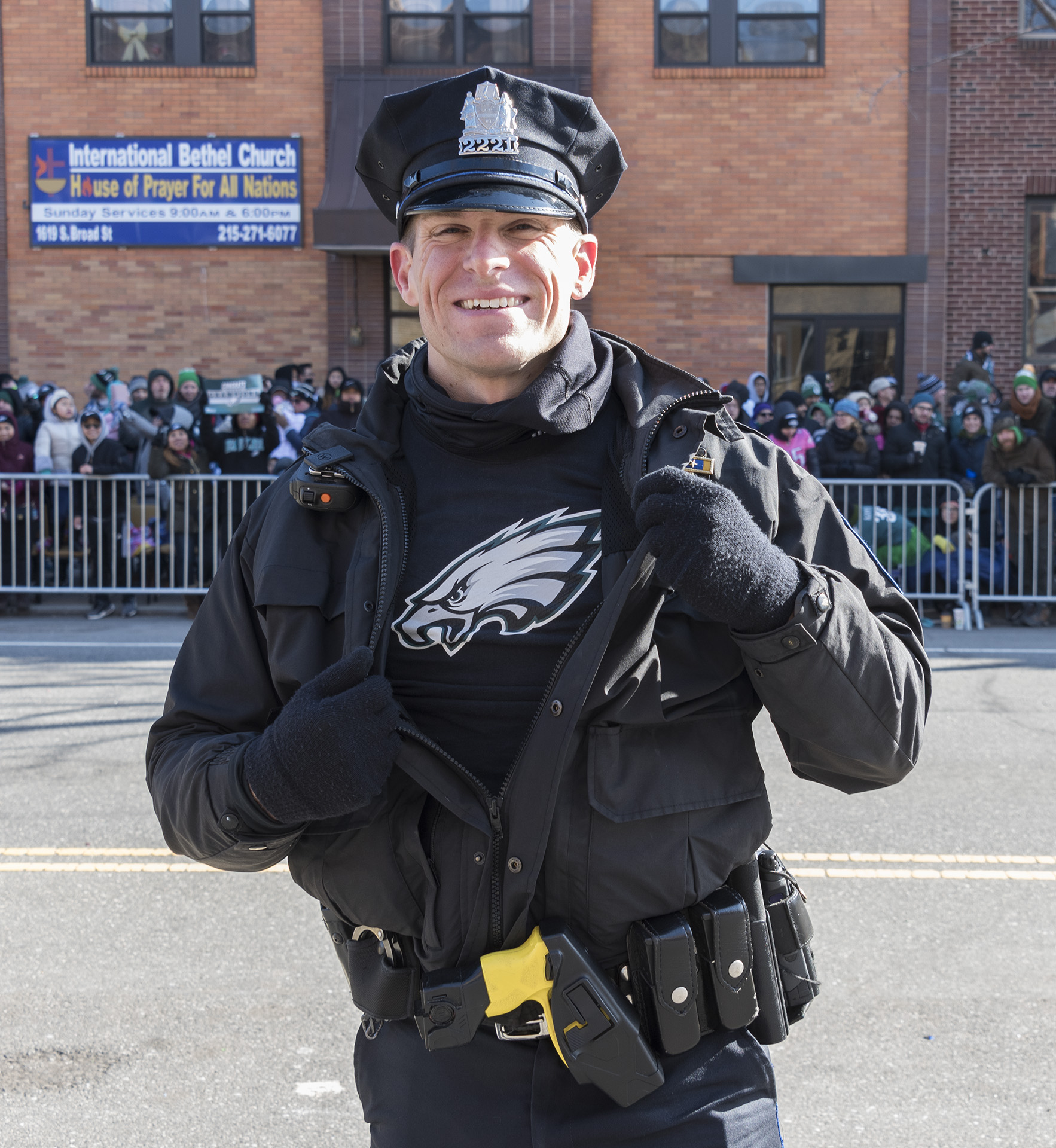 "<div class=""meta image-caption""><div class=""origin-logo origin-image wpvi""><span>WPVI</span></div><span class=""caption-text"">Along the parade route with the Eagles and 6abc Photographer Bruce Neumann (Bruce Neumann)</span></div>"