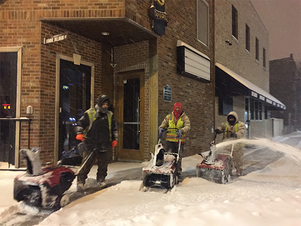 """<div class=""""meta image-caption""""><div class=""""origin-logo origin-image wls""""><span>WLS</span></div><span class=""""caption-text"""">The Chicago Cubs help clear snow around Wrigley Field and in the adjacent neighborhood.</span></div>"""